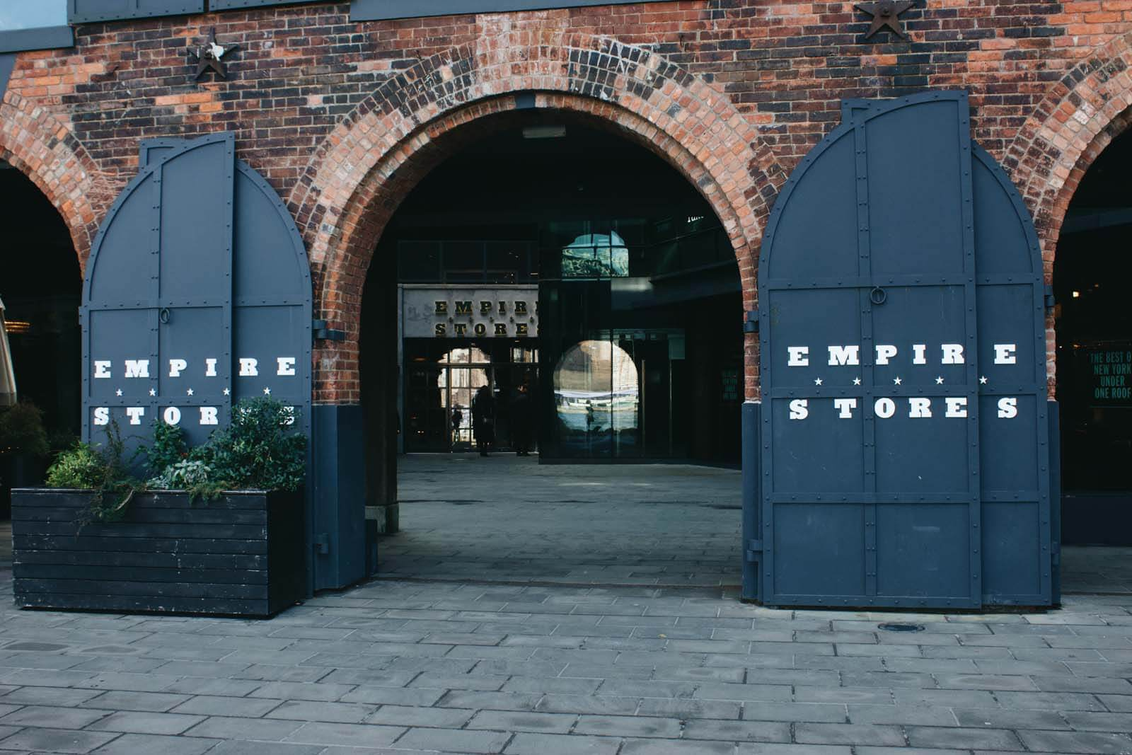 Empire-Stores-in-Brooklyn-by-Katie-Hinkle