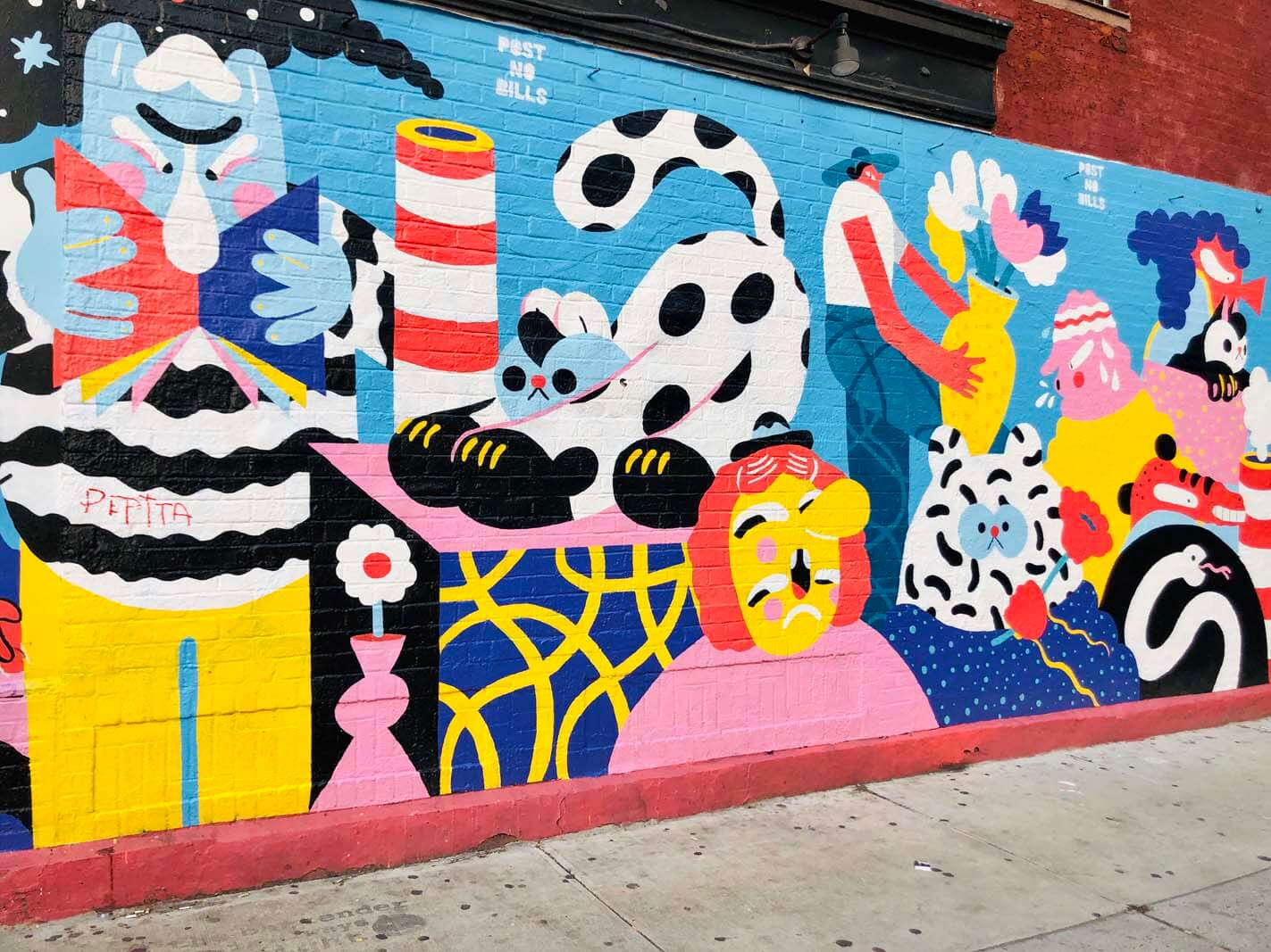 The madness of NY mural in Williamsburg by Brolga