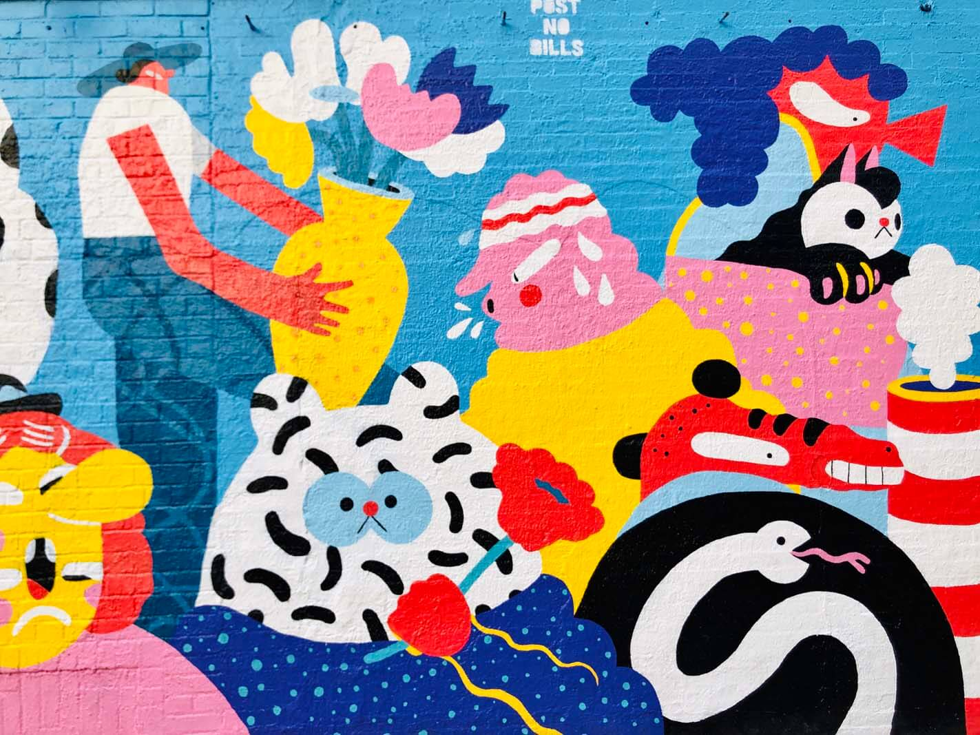 colorful mural by Brolga in Williamsburg Brooklyn