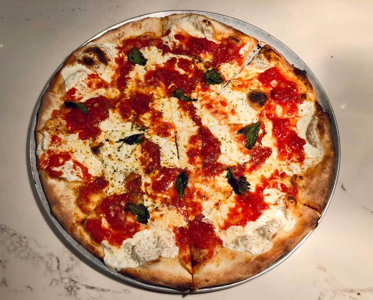 Julianas-Pizza-in-DUMBO-Brooklyn