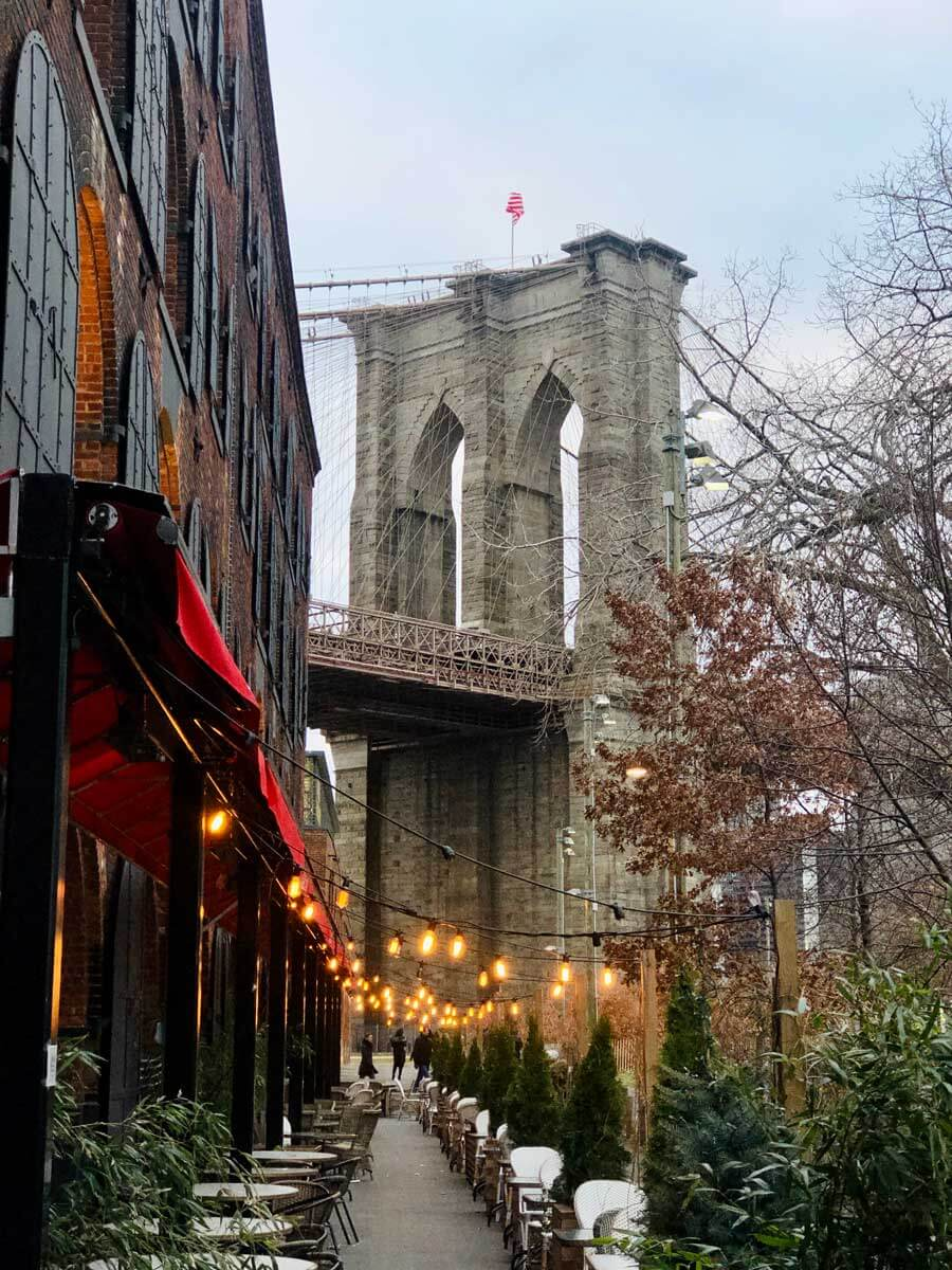 pretty-view-of-Brooklyn-Bridge-from-Empire-Stores-in-DUMBO