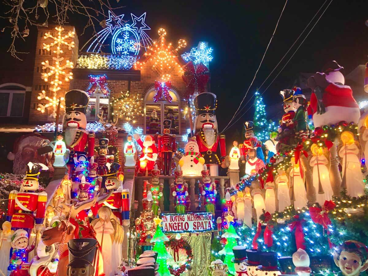 Lucy-Spata-Christmas-Lights-in-Dyker-Heights-Brooklyn