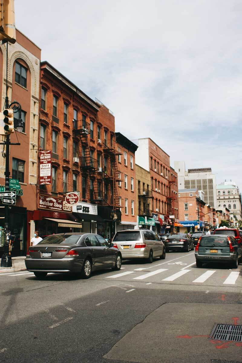 street-scene-in-Downtown-Brooklyn