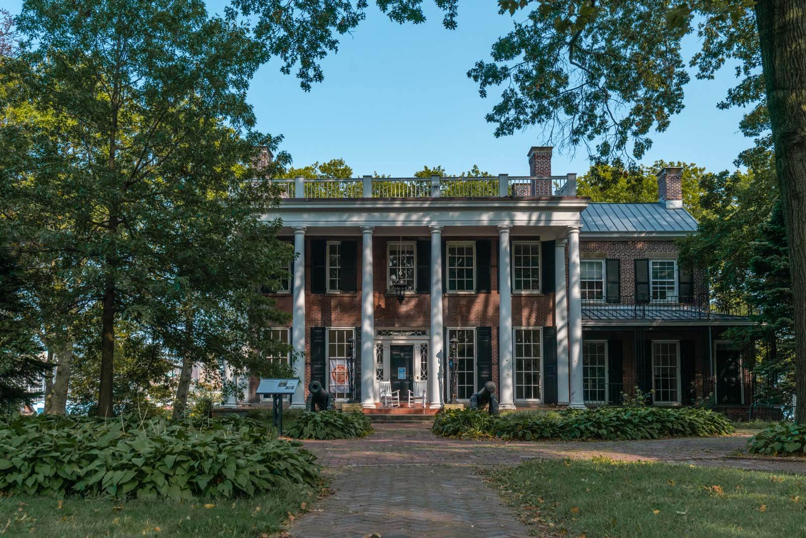 historic high ranking officer home on Governors Island in NYC