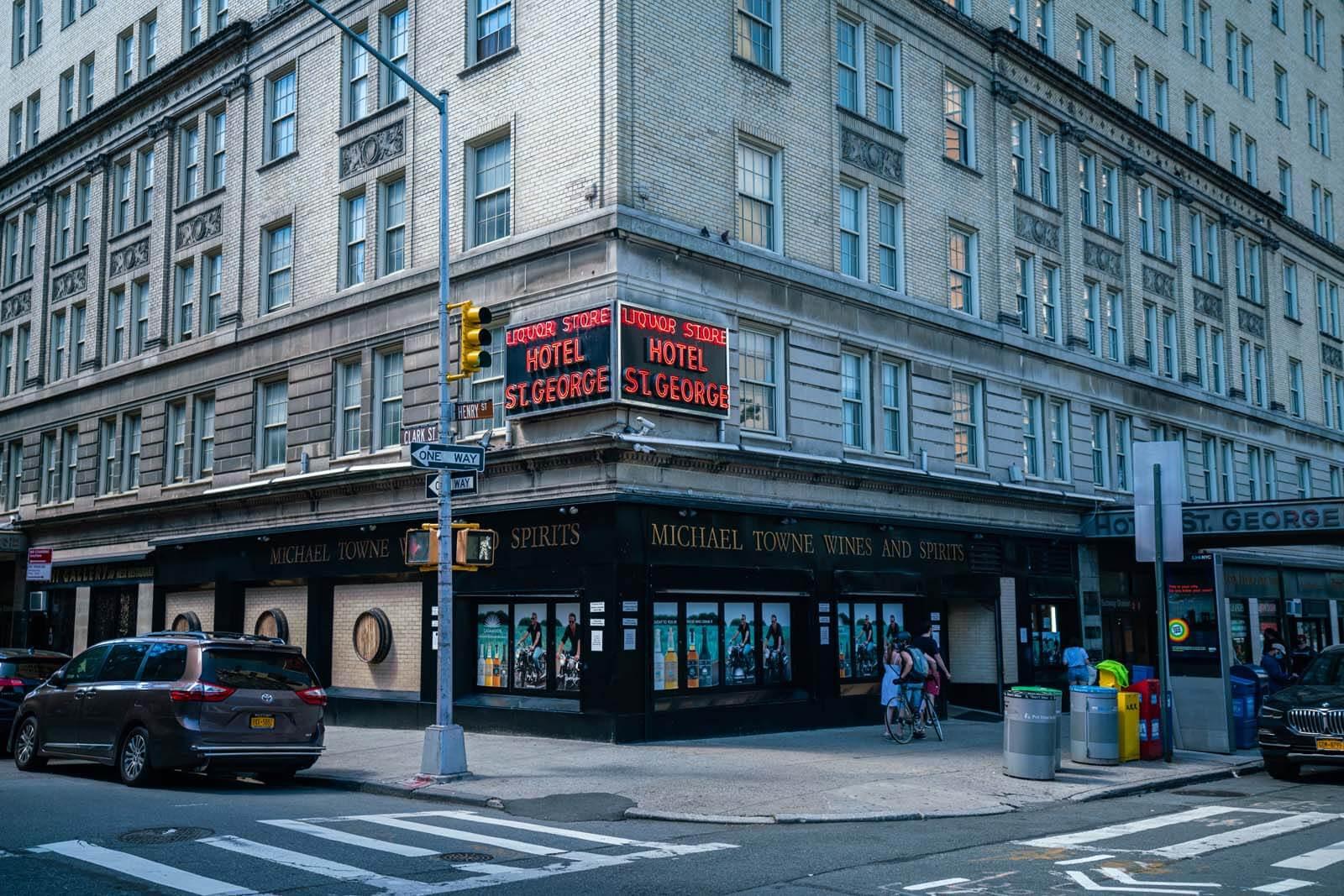 Hotel St George in Brooklyn Heights