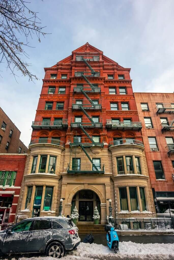 Beautiful Historic Building on Montague Street in Brooklyn Heights