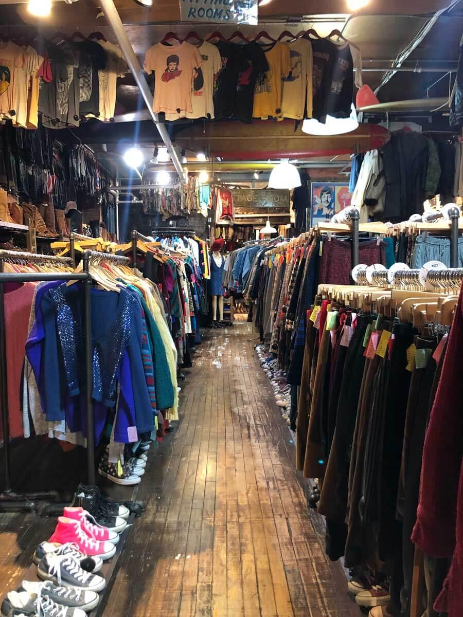 10-ft-by-stella-dallas-thrift-shop-in-williamsburg-brooklyn