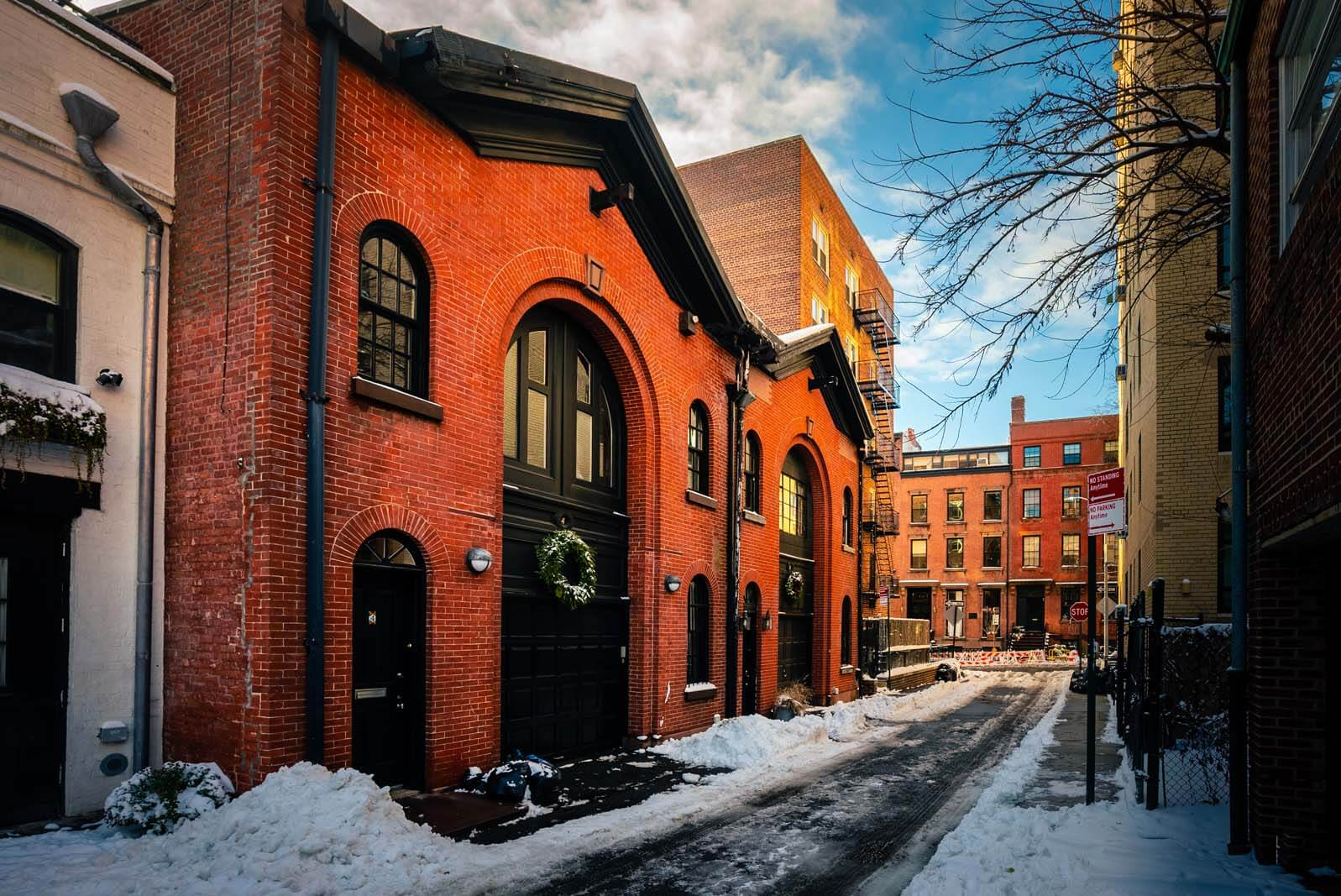 Beautiful Carriage Houses in Brooklyn Heights on a beautiful snowy day