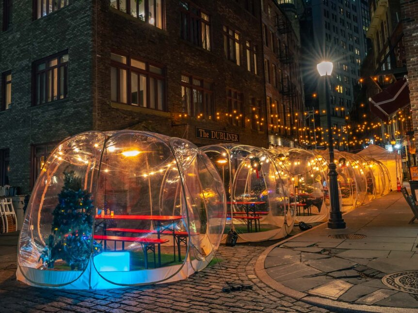 Stone Street winter outdoor dining in NYC