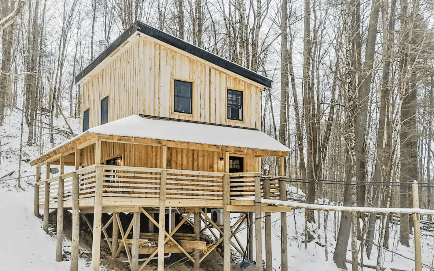 Unique Treehouse Airbnb in New York at Evergreen palace in Adirondacks