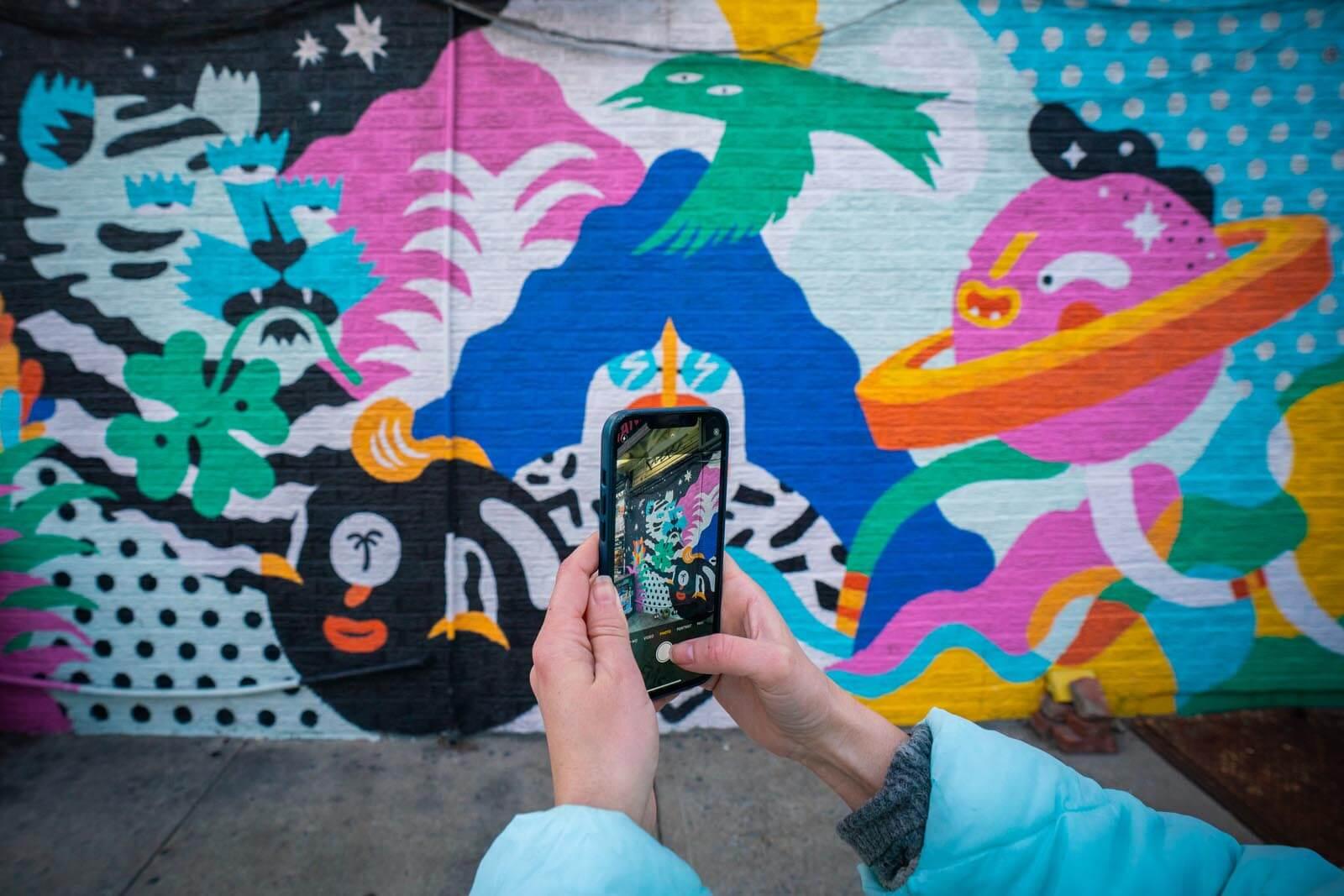 finding street art in Williamsburg Brooklyn