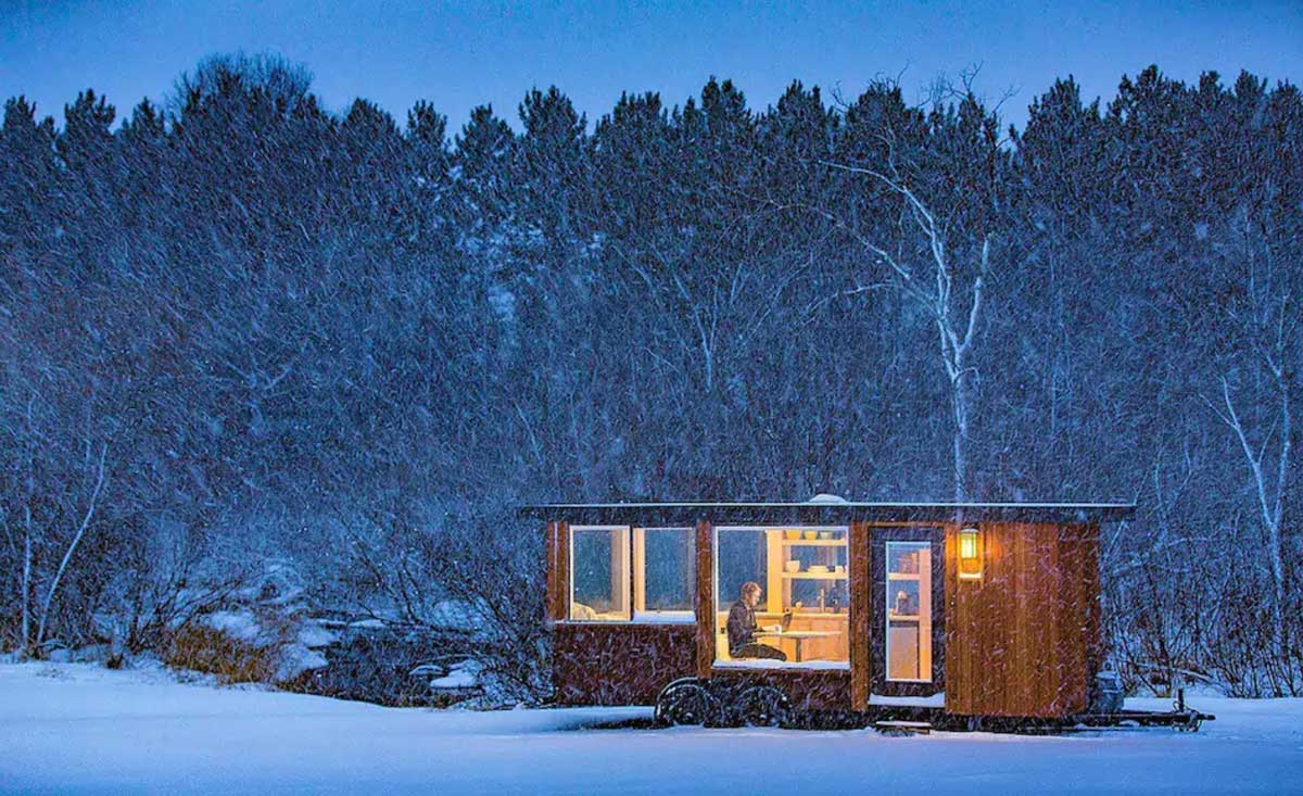glass-house-tiny-house-in-hudson-valley-ny