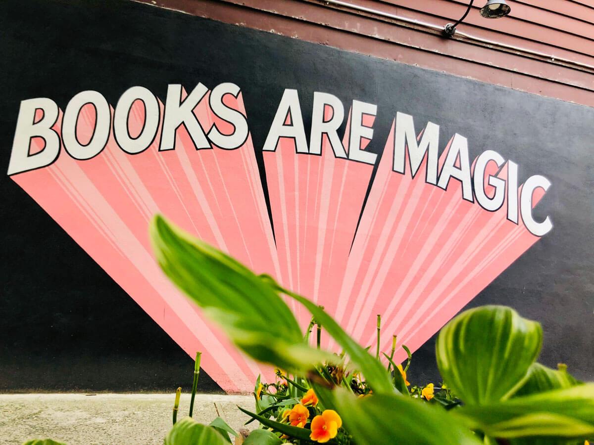 Books-are-Magic-bookstore-mural-in-Cobble-Hill-and-Carroll-Gardens-in-Brooklyn
