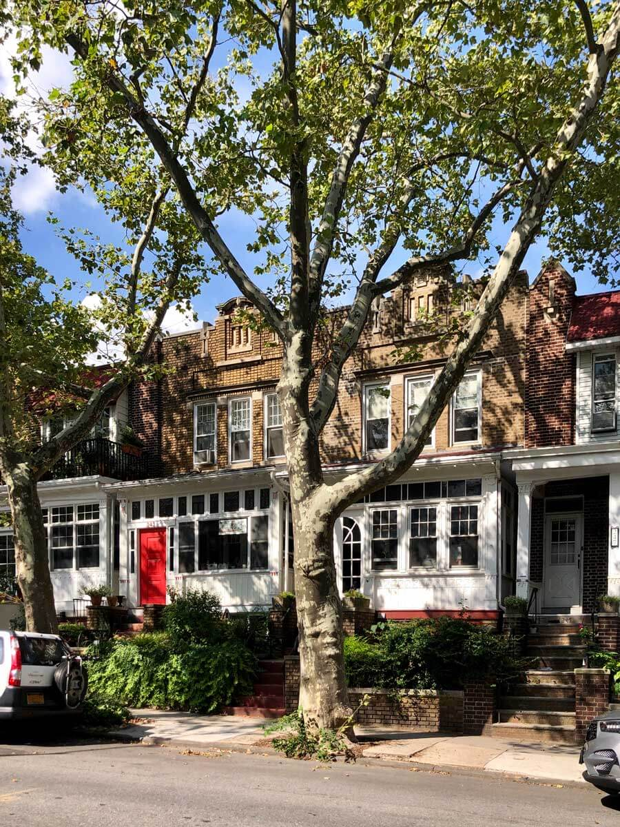 homes-on-Windsor-Place-in-Windsor-Terrace