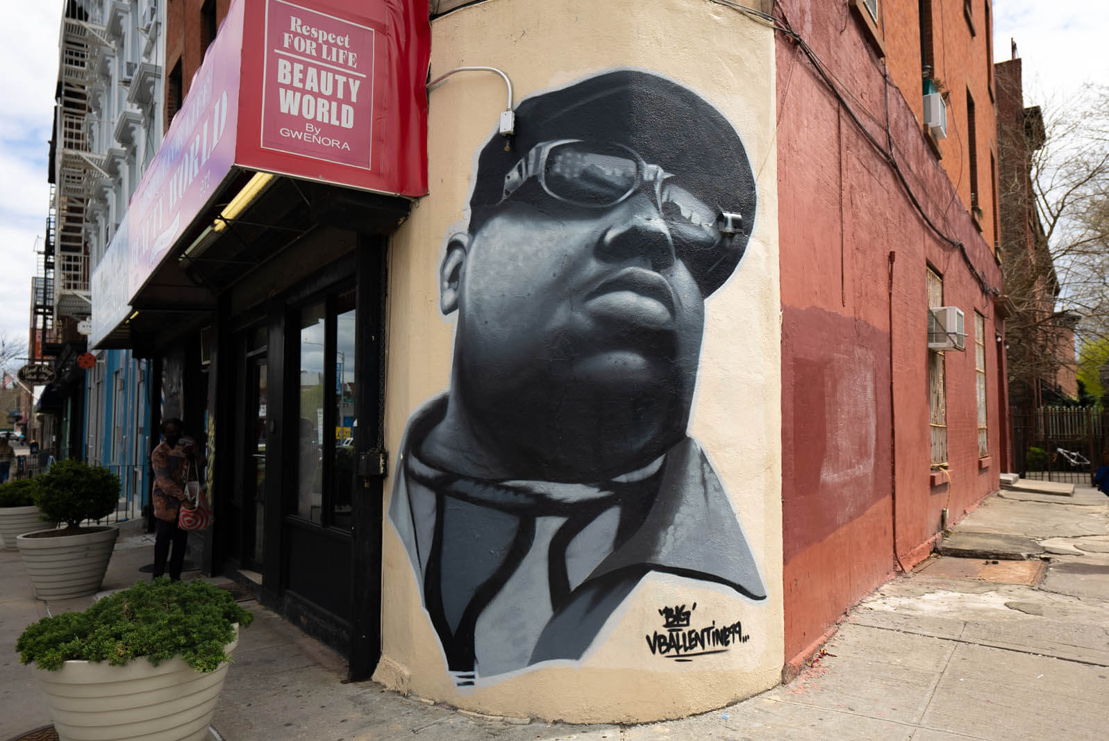 Biggie Smalls Mural at Respect For Life Barbershop in Clinton Hill by Vincent Ballentine in Brooklyn
