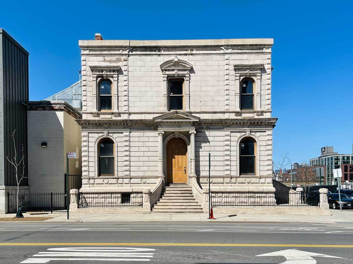 the-cement-coigant-house-in-gowanus-brooklyn