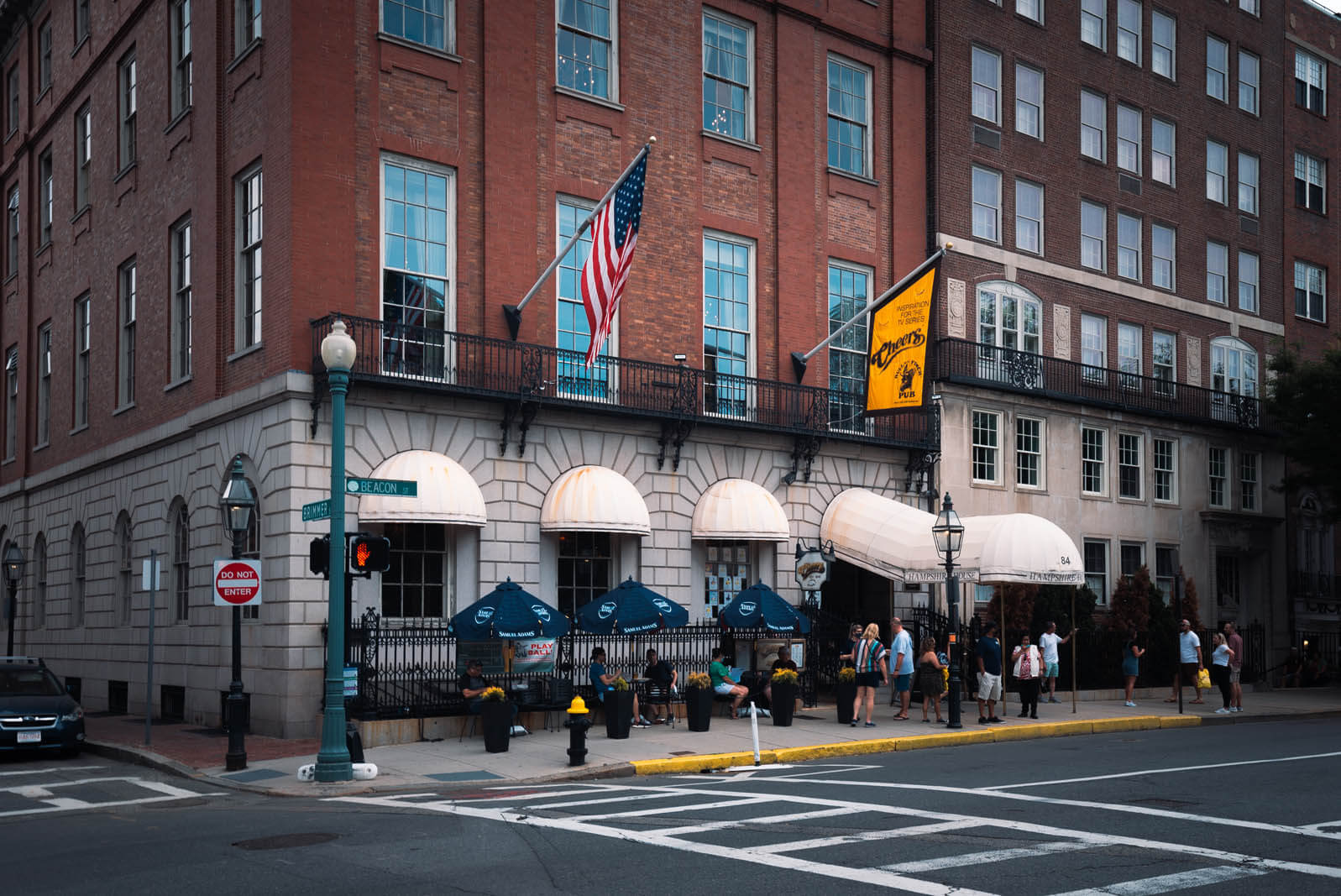 Cheers Bar in Boston next to Boston Common
