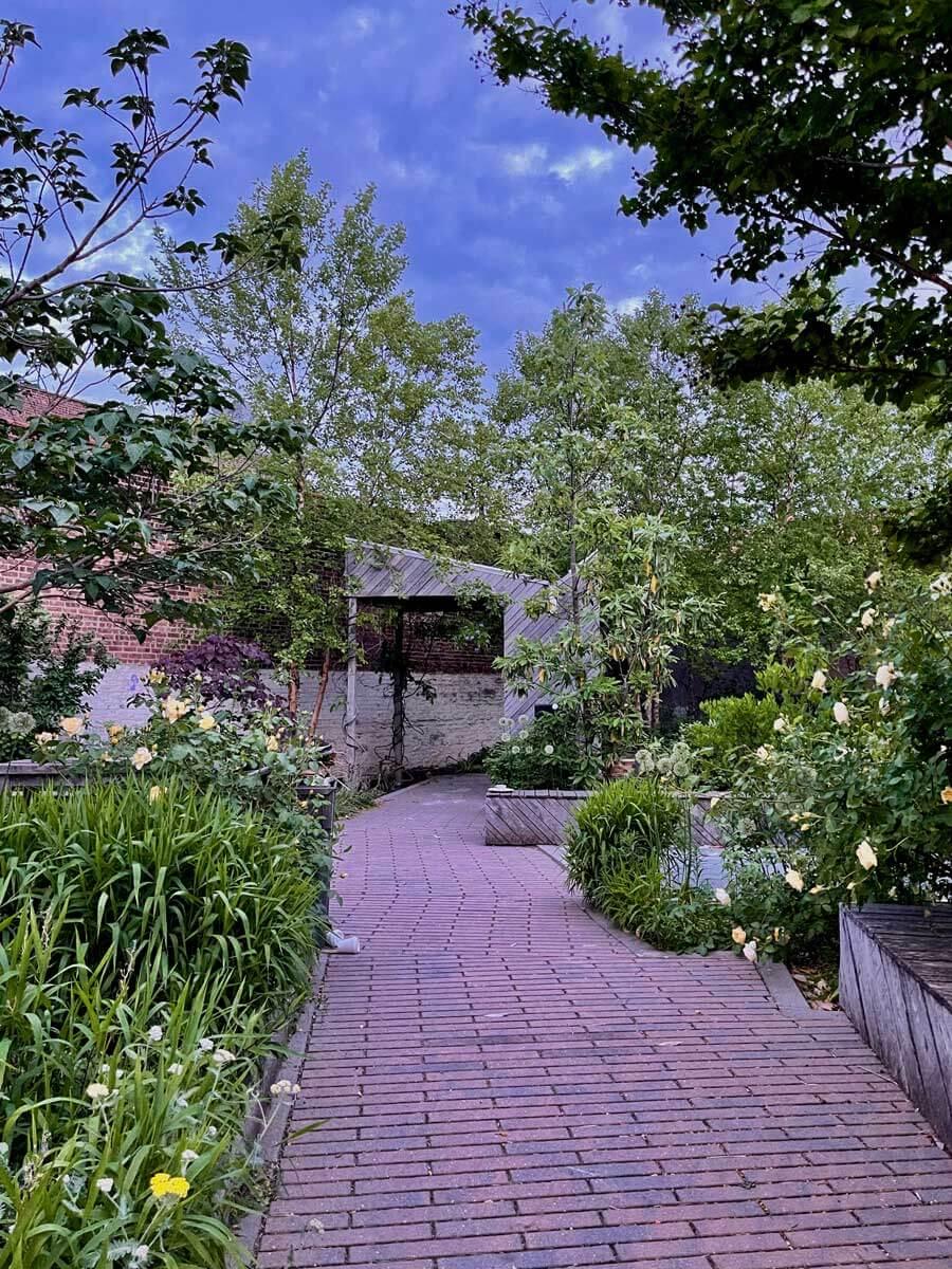 Gil-Hodges-Community-Garden-in-Carroll-Gardens-Brooklyn