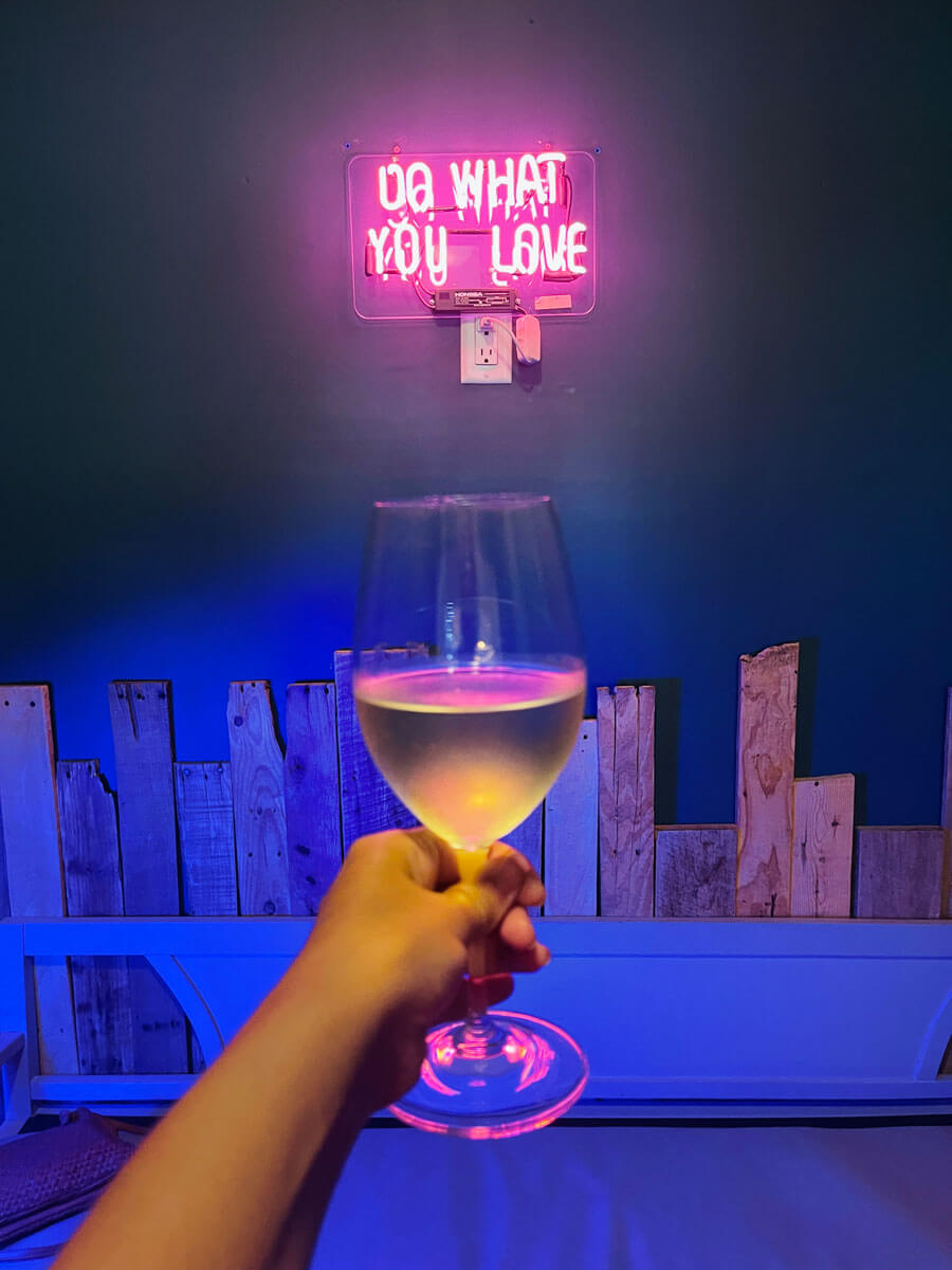 glass-of-wine-at-winemakher-wine-bar-in-Park-Slope-Brooklyn