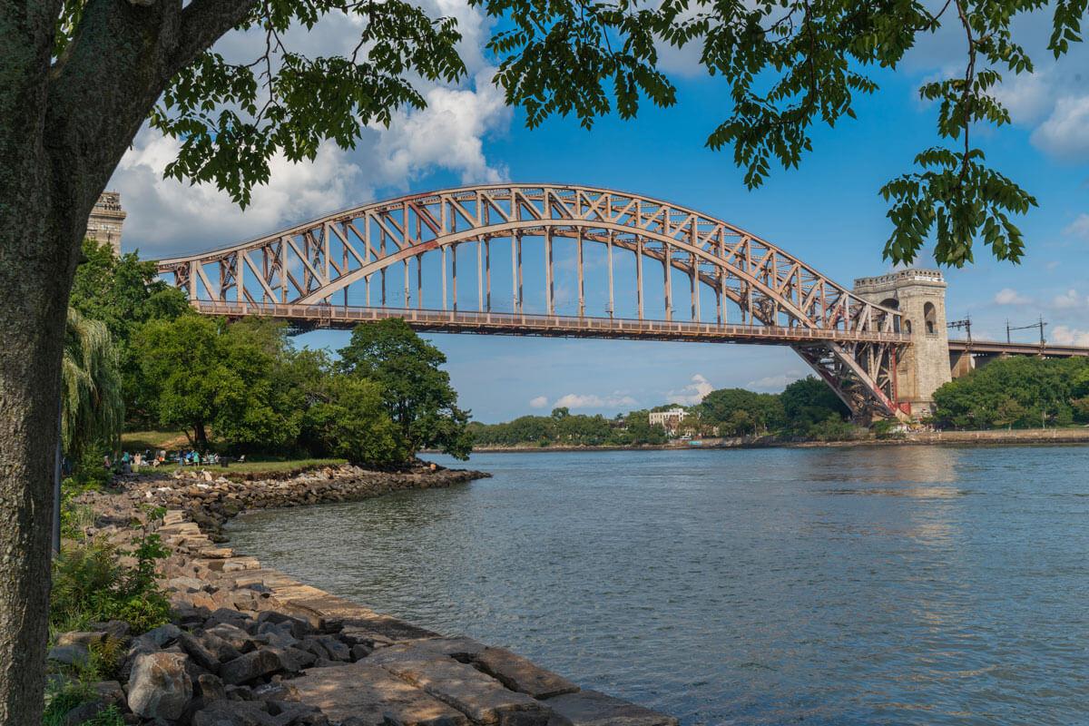 Hells-Gate-Bridge-view-from-Randalls-Island-in-NYC