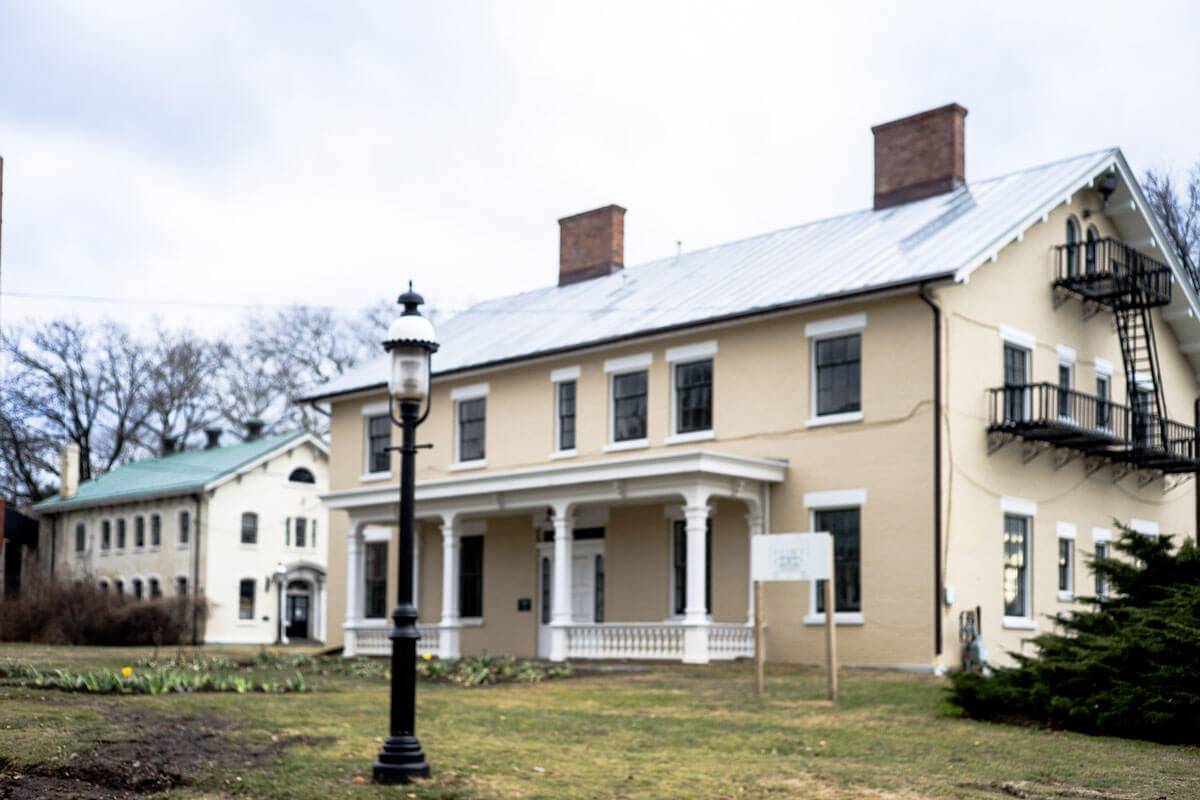 haunted-houses-of-New-York-the-Matrons-House-of-Sung-Harbor-in-Staten-Island